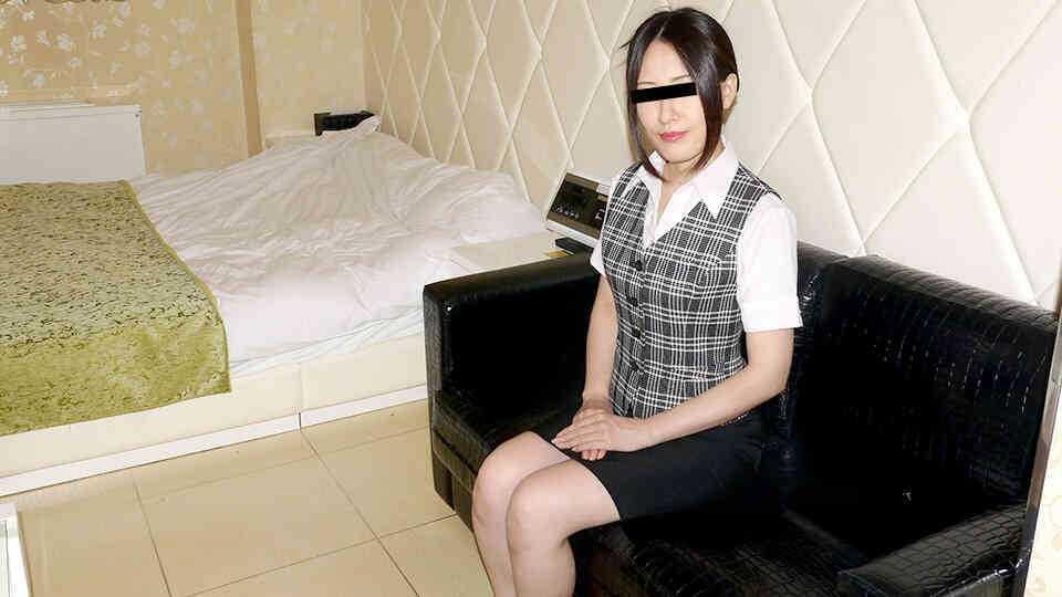 パコパコママ 021219_033 働く地方のお母さん ~剛毛の保険外交員編~菊池くみこ