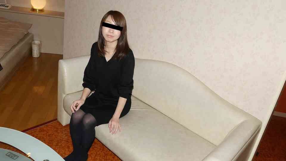 天然素人10mu-120320-01 初めて経験するマッサージ店で淫乱覚醒